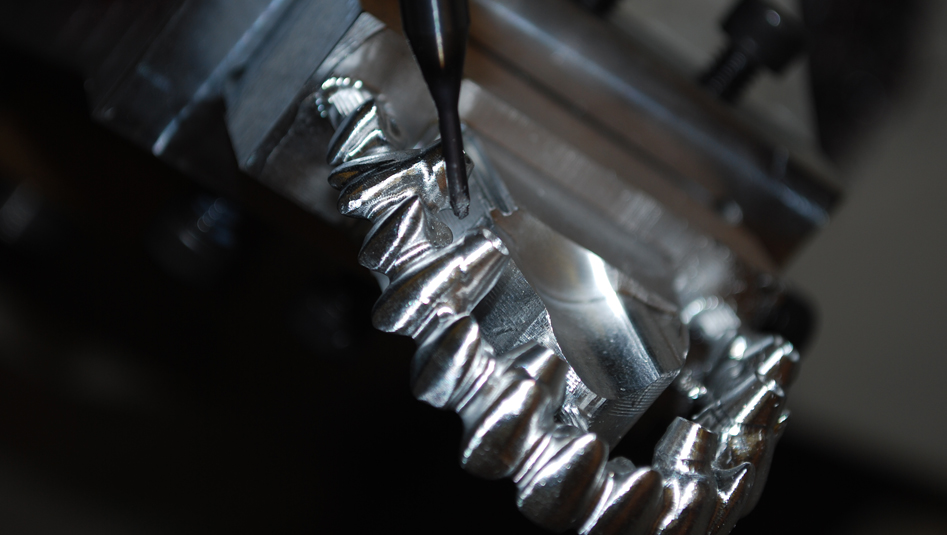 5-Axis Implant Bridge Milling